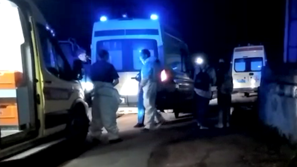 Первое видео с места пожара в больнице Ярославля, где отключились ИВЛ