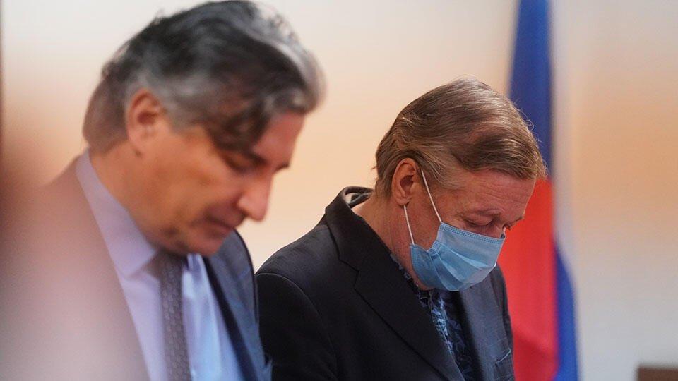 Ефремов заявил суду, что Пашаев оказывал на него давление
