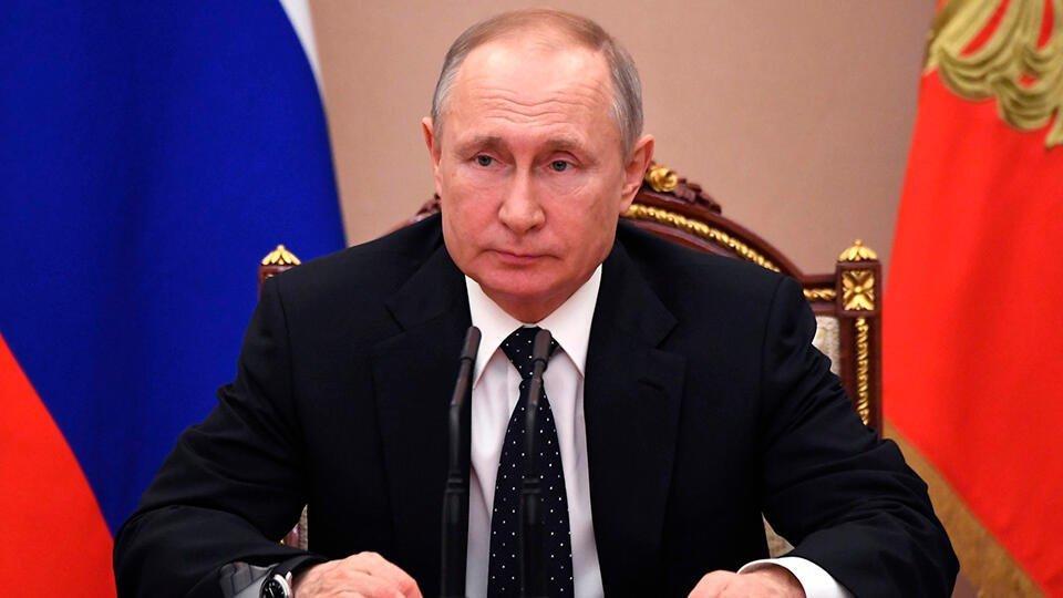 Путин строго спросит с регионов по результатам борьбы с коронавирусом
