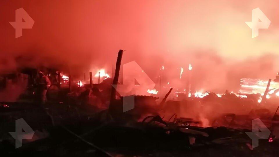 Фото пожара под Иркутском, где погибли четверо детей и взрослый
