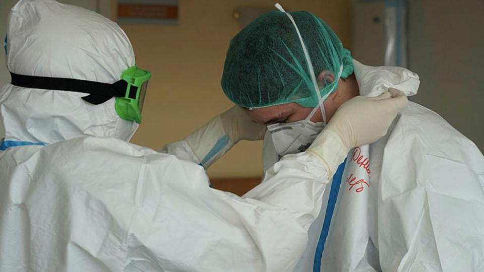 Мурашко: заболеваемость коронавирусом за неделю выросла на 30%