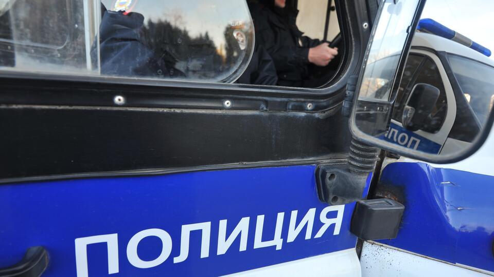Полицейского обвинили в халатности после убийства женщины