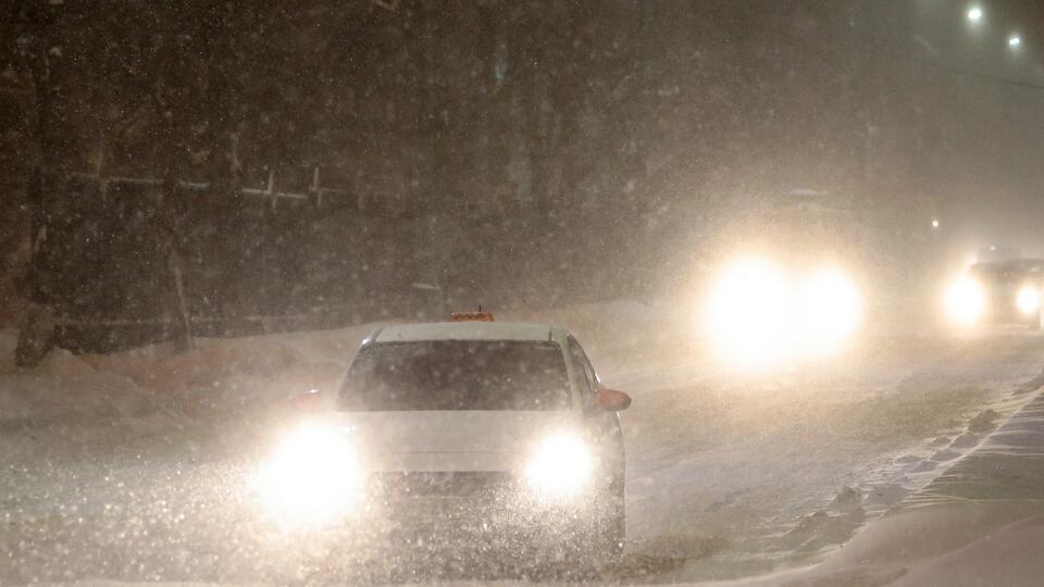 В воскресенье москвичей ожидают снегопад и гололедица