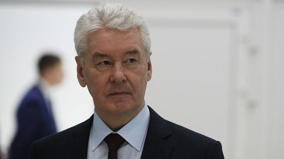 Собянин призвал москвичей беречь себя и соблюдать санитарные меры