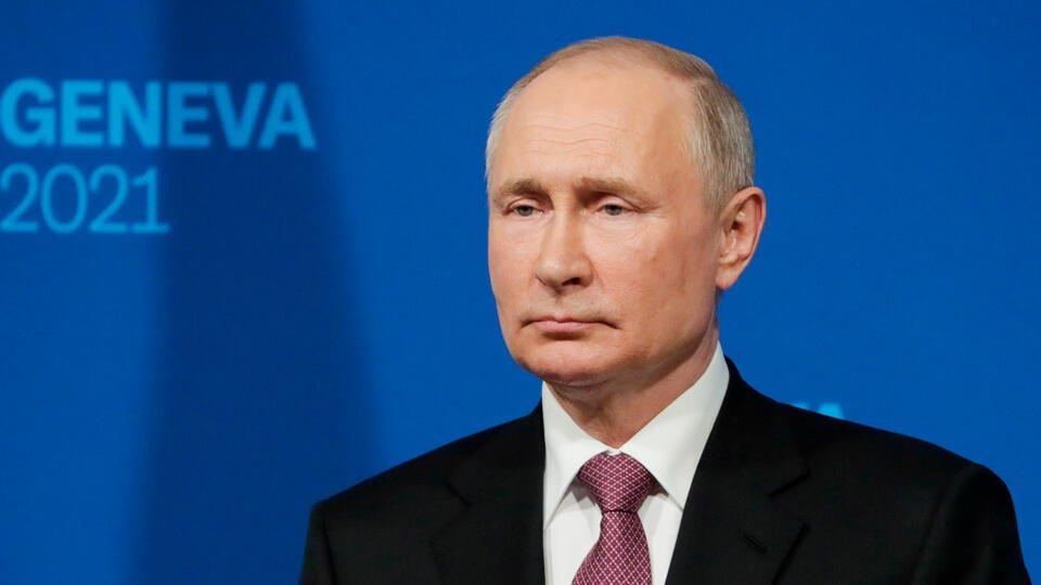 """Путин: Тема вступления Украины в НАТО затрагивалась """"мазком"""""""