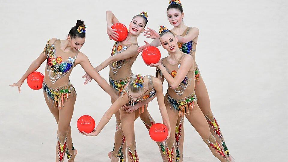 Сборная России по художественной гимнастике привилась от коронавируса