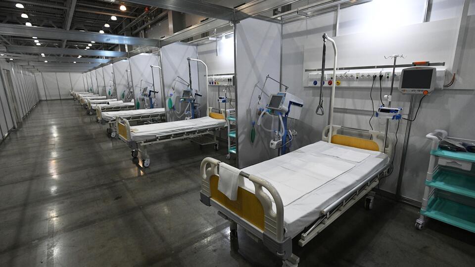 Военные врачи открыли в Хакасии мобильный госпиталь для борьбы с COVID