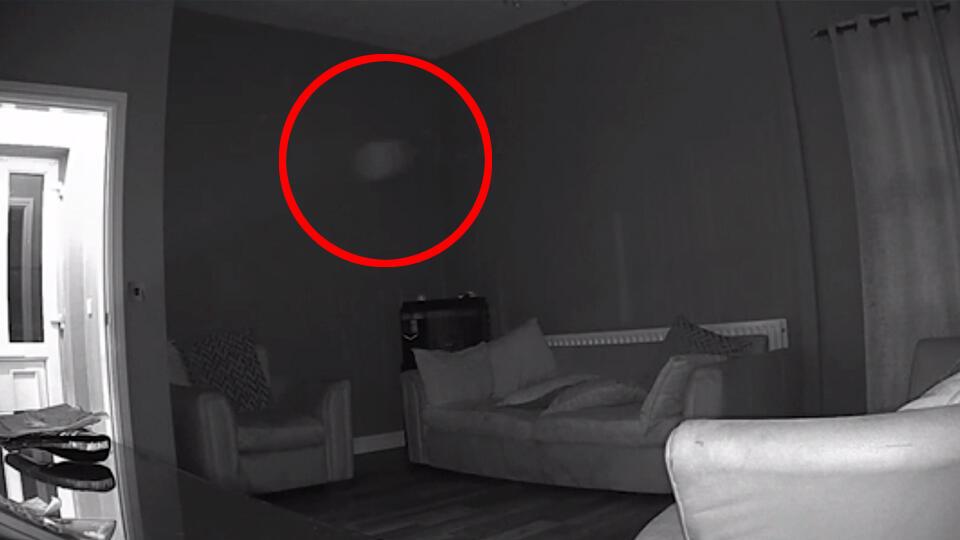 """Женщина убеждена, что засняла в доме """"призрак старого мясника"""""""