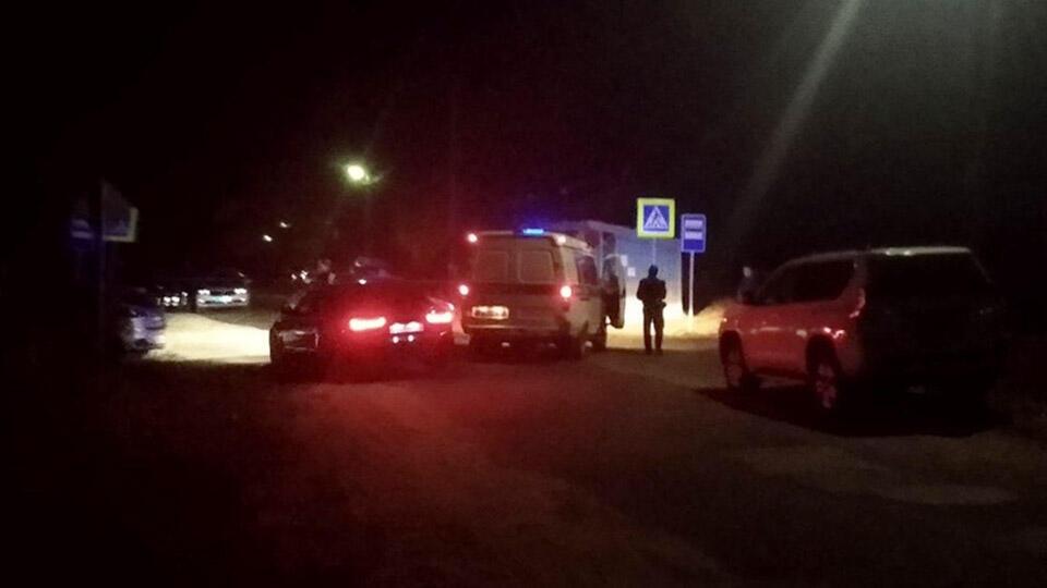 Первые кадры с места расстрела пассажиров автобуса на остановке