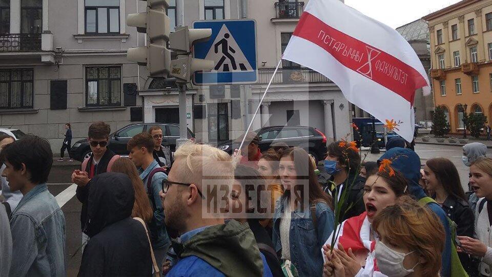 В Минске на акции оппозиции задержаны два журналиста