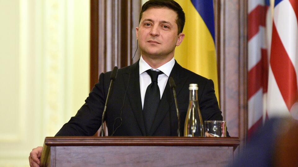 Офис Зеленского назвал сроки окончания войны на Донбассе