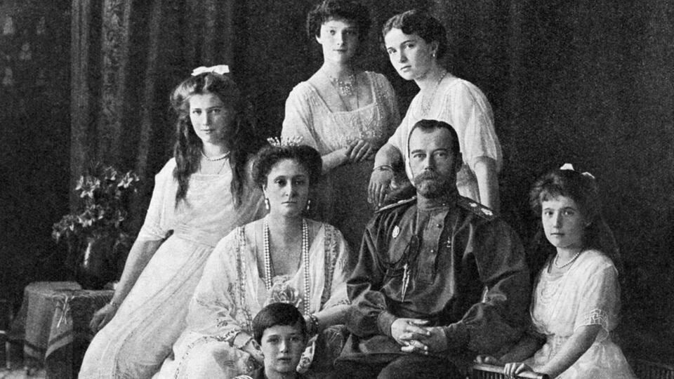 Тайны расстрельной комнаты: новые детали убийства семьи Николая II