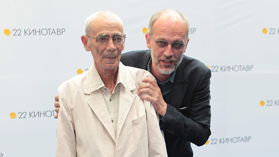 Otca Aleksandra Gordona Gospitalizirovali V Moskve V Rossii Ren Tv