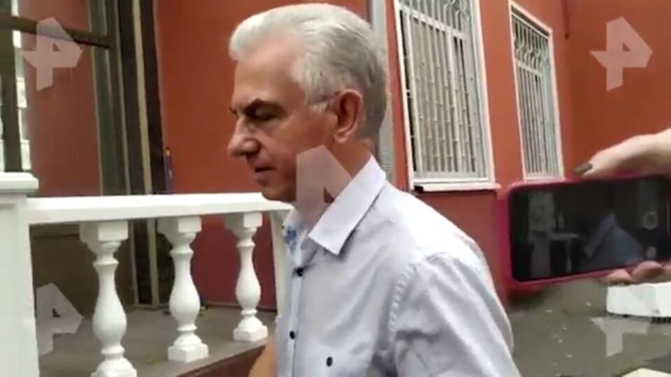 """Адвокат историка Дмитриева, сорвавший суд """"болезнью"""", вышел на работу"""
