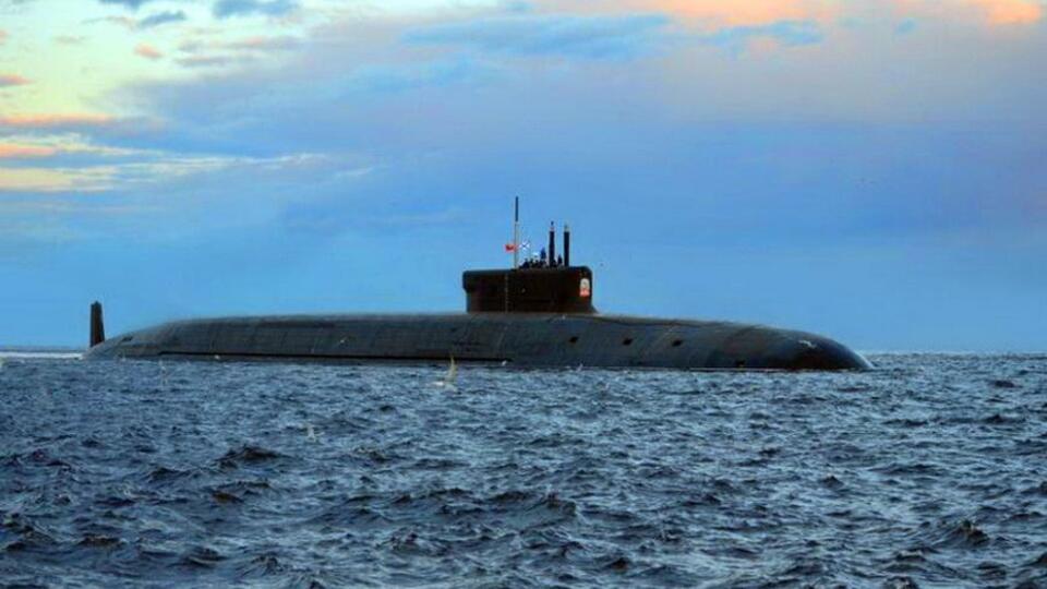 Атомная подлодка Князь Олег начала первый испытательный выход в море